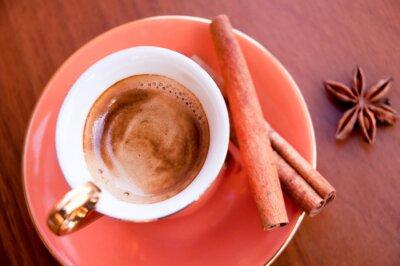 Plakat Kawa w pomarańczowy cup i cynamonu