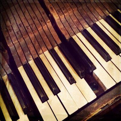 Plakat Klucze antyczne pianino z łamanego