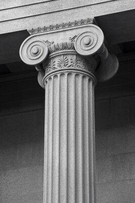 Plakat Kolumna detal architektoniczny i symbolika