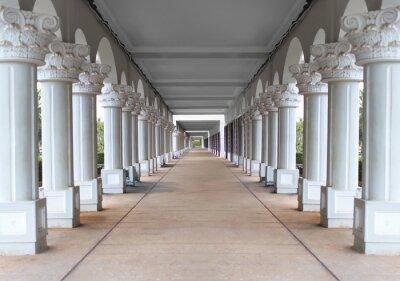 Plakat korytarz z kolumnami