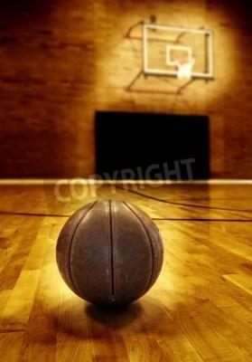 Plakat Koszykówka na drewniane podłogi starych boisko do koszykówki