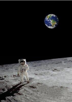 Plakat księżycowy spacer pod ziemią Lśnienie (niektóre elementy wykonane przez NASA)