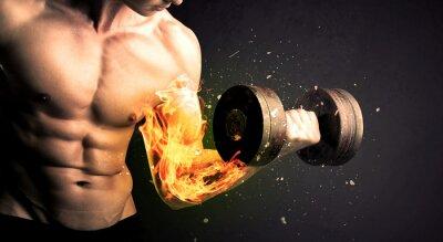 Plakat Kulturysta zawodnik podnoszenia ciężaru z ogniem eksplodować koncepcji ramię