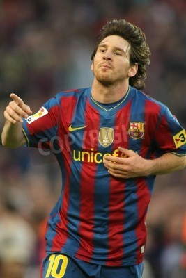 Plakat Leo Messi of Barcelona during a Spanish League match between FC Barcelona and Valladolid at the Nou Camp Stadium on May 16, 2010 in Barcelona, Spain