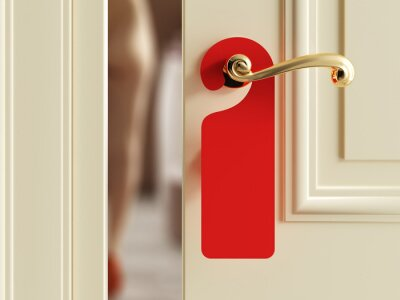Plakat Luxury hotel door with red empty label
