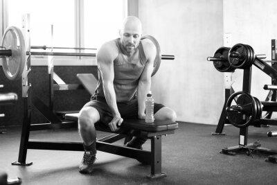Plakat Mann im Fitness Studio auf der Banku