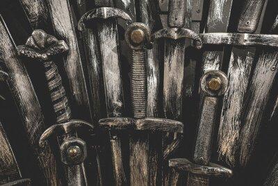 Metal miecze rycerskie tła. Ścieśniać. W koncepcji rycerzy.
