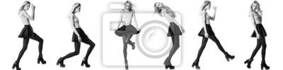 Plakat Modelka dziewczyna stwarzających na białym tle