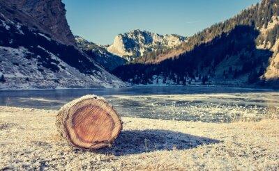 Plakat Mrożone górskie jezioro.