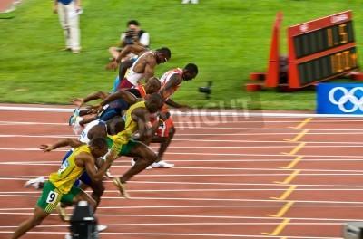 Plakat Pekin, Chiny - 16 sierpnia 2008 :, Igrzyska Olimpijskie, Usain Bolt odrywa się w wyścigu na 100 metrów dla mężczyzn