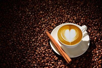 Plakat Puchar latte sztuki, kawy i ziarna kawy
