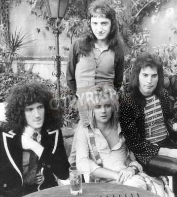 Plakat QUEEN - UK group in 1976 from l  Brian May, Roger Taylor, John Deacon and Freddie Mercury