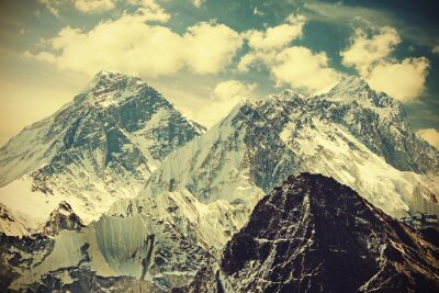Plakat Retro stonowanych obraz Mount Everest, Nepal.