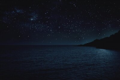 Plakat Scenic View Of Sea Against Sky At Night