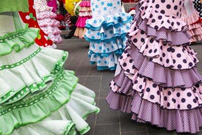 Plakat spódnice hiszpańskich tancerek flamenco z