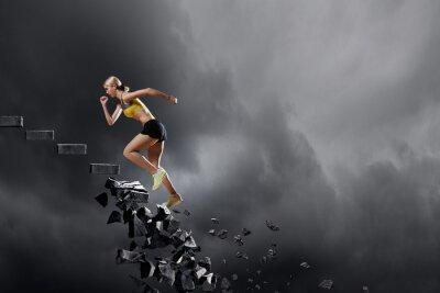 Plakat Sportowe kobieta pokonywanie wyzwań