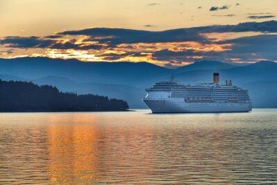 Plakat Sunrise w greckim archipelagu