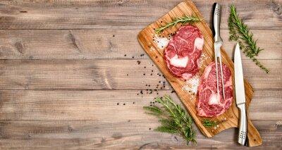 Plakat Surowe mięso Stek wołowy z ziołami i przyprawami