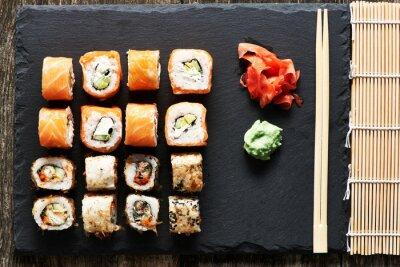 Plakat Sushi rolkach