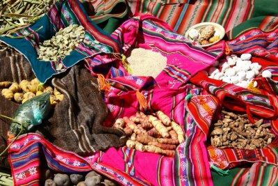 Plakat Tradycyjne potrawy na Uros Islands - Jezioro Titicaca, Peru