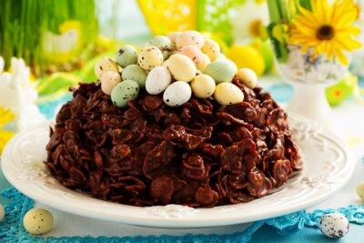 Plakat Tradycyjne wielkanocne ciasto czekoladowe z czekoladowe jaja.