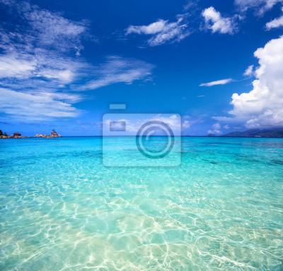 Plakat Tropical turkusowe zatoki i błękitne niebo, Wyspa Mahe, Seszele