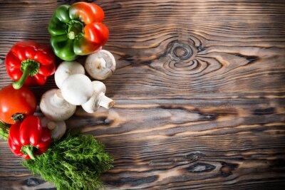 Plakat warzywa na drewnianym tle