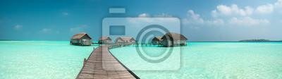 Plakat Wspaniały laguny wokół wyspy Malediwach