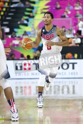 Plakat Derrick Rose z USA zespół w akcji na FIBA World Cup koszykówki mecz pomiędzy USA i Meksyku, końcowy wynik 86-63, w dniu 6 września 2014 roku w Barcelonie, Hiszpania