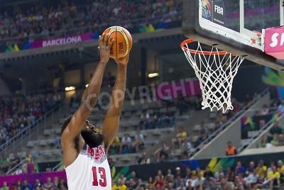 Plakat James Harden USA w działania na FIBA World Cup koszykówki meczu pomiędzy USA Team i Litwy, końcowy wynik 96-68, w dniu 11 września 2014 roku w Barcelonie, Hiszpania