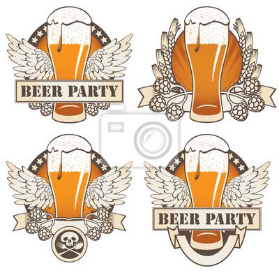 Zestaw czterech transparenty z piwem i skrzydeł