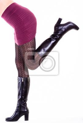 aca08820 Sexy kobieta nogi z czarne buty • macica, wysoki obcas, część ...