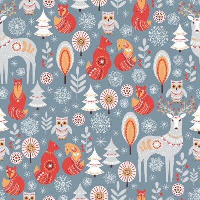 Tapeta Wzór z zimowego lasu, jelenia, sowy i lisa.